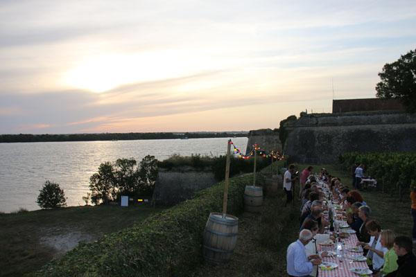 Dîner dans les vignes de la Citadelle de Blaye : le rendez-vous de l'été !